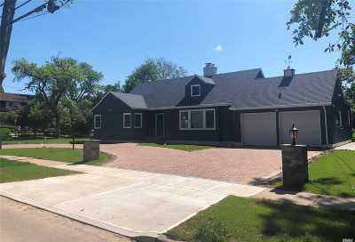 Woodmere Single Family Home For Sale: 391 Westwood Rd