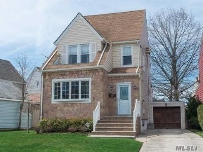 Nassau County, Suffolk County Single Family Home For Sale: 172 Locust St