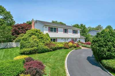 S. Setauket Single Family Home For Sale: 111 Strathmore Villa Dr