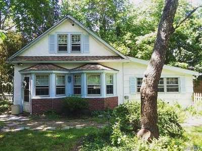 Southampton Single Family Home For Sale: 31 Cedar Ave