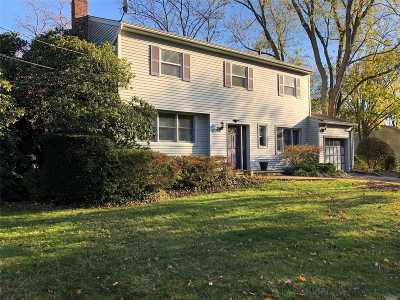 Greenlawn Single Family Home For Sale: 26 Hofstra Dr