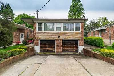 Fresh Meadows Single Family Home For Sale: 71-46 167th St