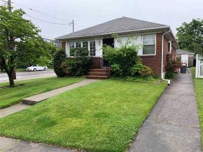 Whitestone Single Family Home For Sale: 152-68 12 Rd