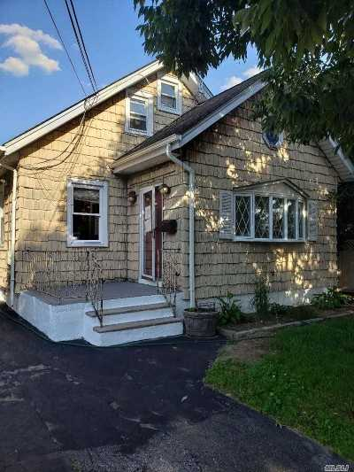 N. Bellmore Single Family Home For Sale: 8 Chicago Ave