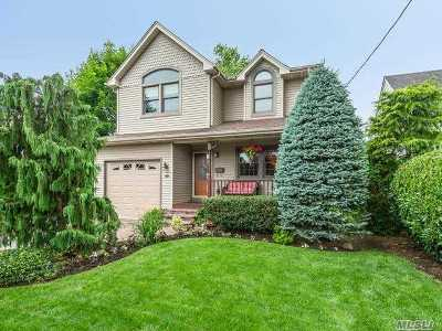 Carle Place NY Single Family Home For Sale: $799,000