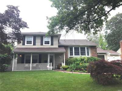 Oyster Bay Single Family Home For Sale: 44 Hill Dr