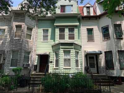 Brooklyn Multi Family Home For Sale: 277 Winthrop St