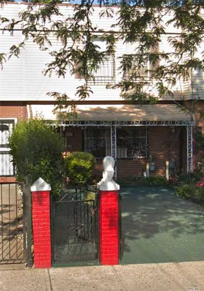 Brooklyn Single Family Home For Sale: 527 Saratoga Ave