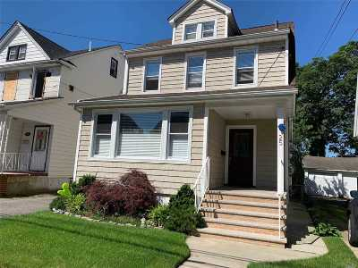 Lynbrook Multi Family Home For Sale: 25 Starks Pl