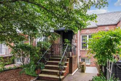 Ozone Park Single Family Home For Sale: 13236 87th St