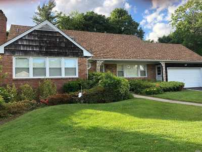 Lawrence Single Family Home For Sale: 8 Ivy Ln