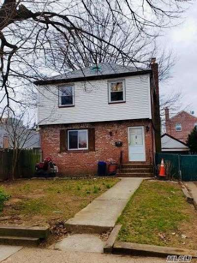 Fresh Meadows Single Family Home For Sale: 75-82 177 St