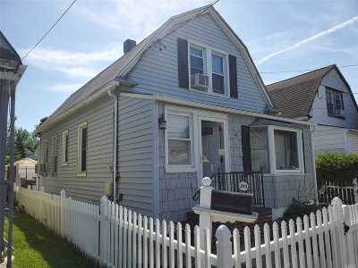 Cedarhurst Single Family Home For Sale: 290 Clinton Ave