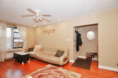 Bayside Condo/Townhouse For Sale: 201-02 Rocky Hill Rd #L2