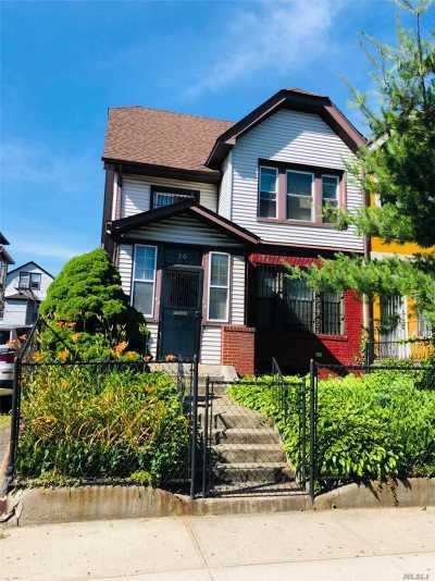 Elmhurst Single Family Home For Sale: 40-34 Forley St