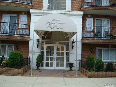 Woodside Condo/Townhouse For Sale: 6907 43rd Ave #3C