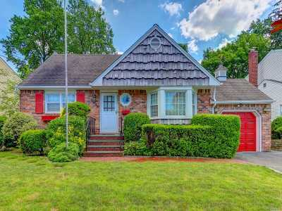 N. Bellmore Single Family Home For Sale: 2716 Janet Ave