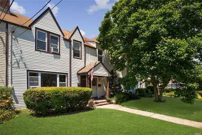 Roslyn Single Family Home For Sale: 111 Saint Marks Pl