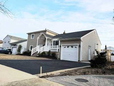 Seaford Single Family Home For Sale: 3554 Wadena St