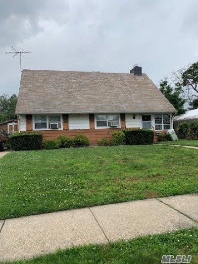 East Meadow Single Family Home For Sale: 2431 3rd Ave