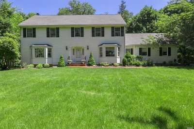Nissequogue Single Family Home For Sale: 681 Horse Race Ln