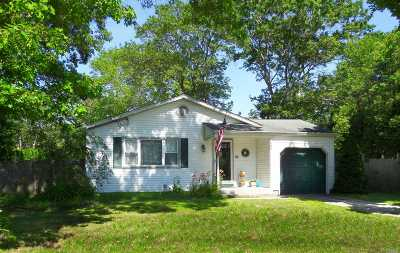 Single Family Home For Sale: 283 Harrison Ave