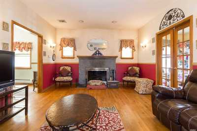 Little Neck Single Family Home For Sale: 45-52 Browvale Lane