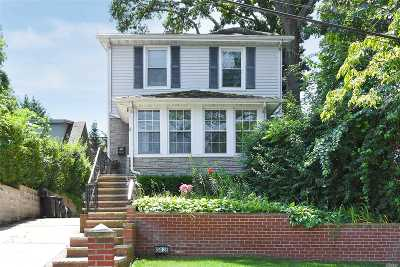 Little Neck Single Family Home For Sale: 250-28 Gaskell Rd