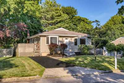Mt. Sinai Single Family Home For Sale: 5 Ashland St