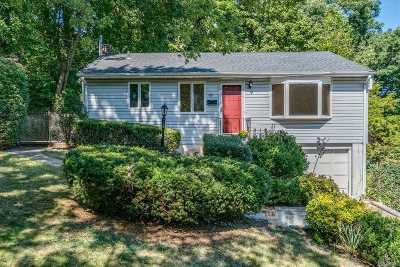Northport Single Family Home For Sale: 109 Oak St
