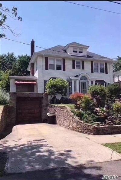Flushing Single Family Home For Sale: 35-24 161 St