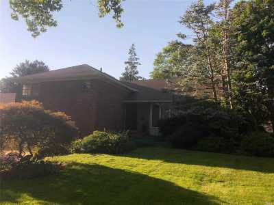 Manhasset Hills Single Family Home For Sale