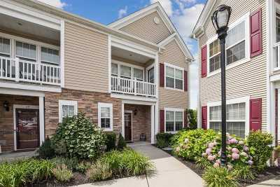 Oceanside Condo/Townhouse For Sale: 47 Wexford Ln