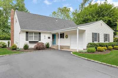 Commack Single Family Home For Sale: 3 Pawnee Dr