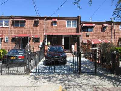 Brooklyn Single Family Home For Sale: 33 Legion