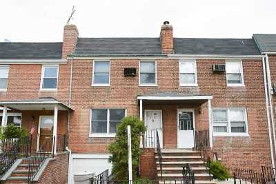 Flushing Single Family Home For Sale: 6141 149th St