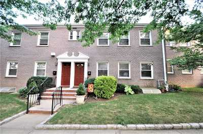 Forest Hills Condo/Townhouse For Sale: 110-18 65th Ave #A