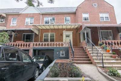 Long Island City Multi Family Home For Sale: 48-45 38th St