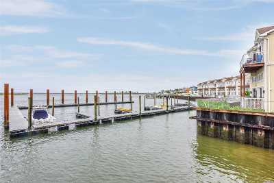 Long Beach NY Condo/Townhouse For Sale: $725,000
