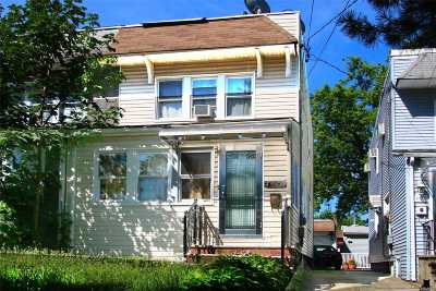 Little Neck Single Family Home For Sale: 43-36 249 St