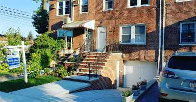 Fresh Meadows Single Family Home For Sale: 16620 Jewel Ave