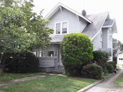 Baldwin Single Family Home For Sale: 990 Pacific St