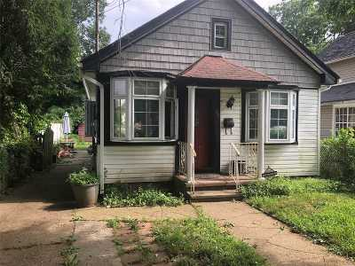 Nassau County Single Family Home For Sale: 52 Linden Ave
