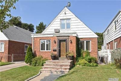 Fresh Meadows Single Family Home For Sale: 65-24 171 St