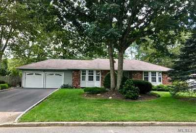 Mt. Sinai Single Family Home For Sale: 61 Griffin Dr