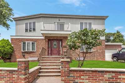 Fresh Meadows Single Family Home For Sale: 175-05 Underhill Ave