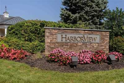 Port Washington Condo/Townhouse For Sale: 189 Harbor View Dr