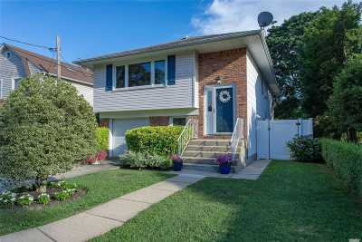 Locust Valley Single Family Home For Sale: 66 Lindbergh St