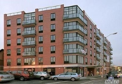 Elmhurst Condo/Townhouse For Sale: 60-70 Woodhaven Blvd #6E