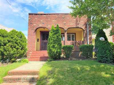 Queens County Single Family Home For Sale: 133-27 231st St
